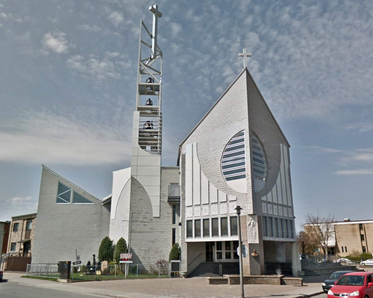 Église Maria Madre dei Cristiani / Maria Madre dei Cristiani Church